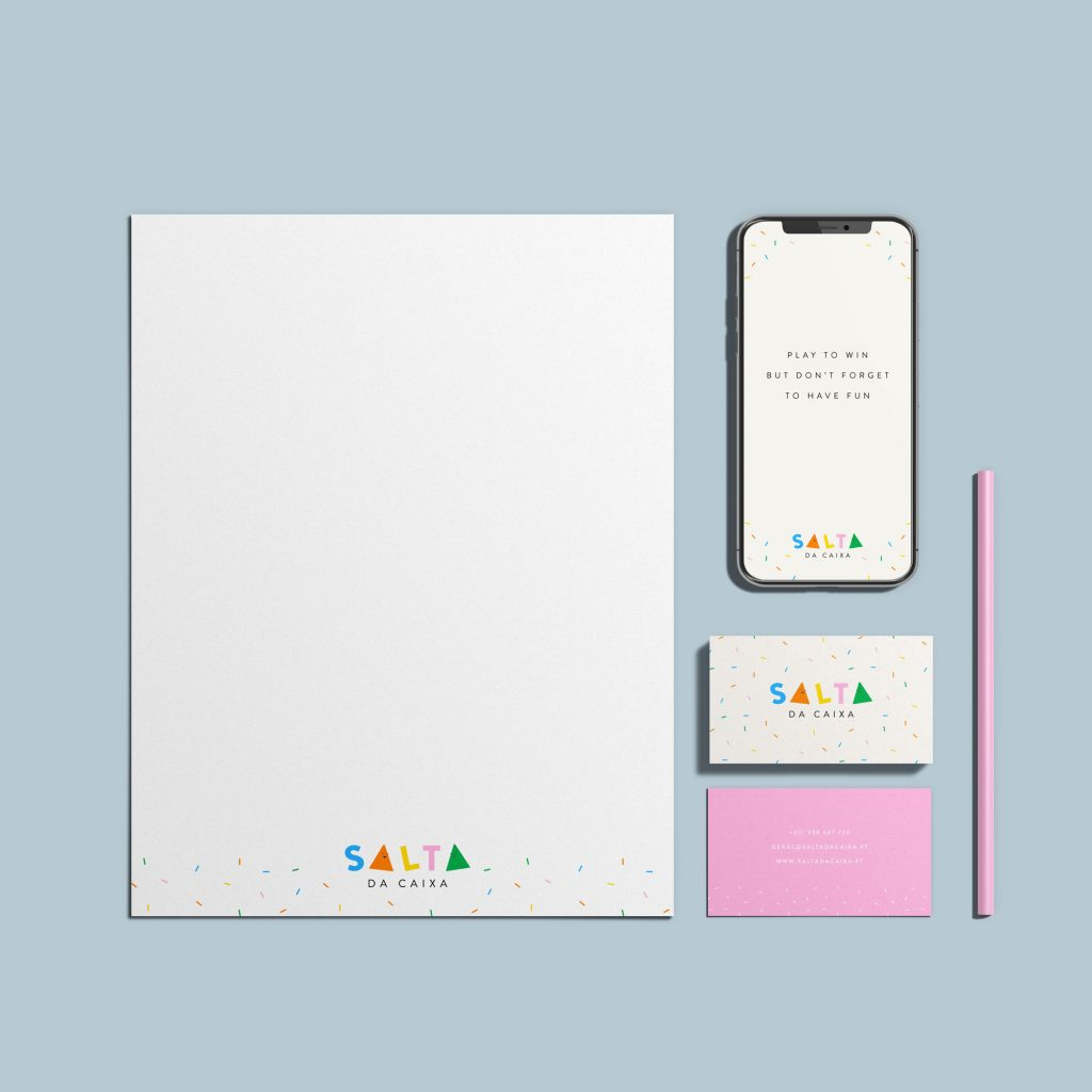 Stationery-Mockup-by-graphiccrew